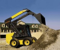 Skid-Loader-can-work-as-an-excavator2